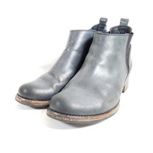 Clarks Ankle Boots Women's Size 10 Gray Leather